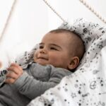 Mulltuecher-120x120cm-Bio-Baumwolle-love-and-peace-Baby_1800x1800